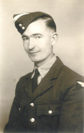 Photo of Pilot Officer Charles George Fox